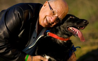This is Marty Bender, also enjoying life with his favorite pet after a transplant at Cedars-Sinai Medical Center.