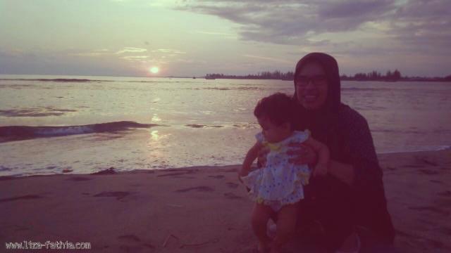 Menikmati surya tenggelam di pantai Kuala Katung, Abdya