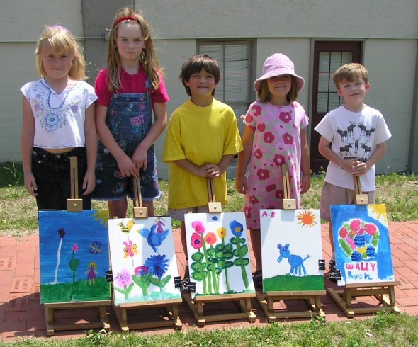 Young plein air artists.