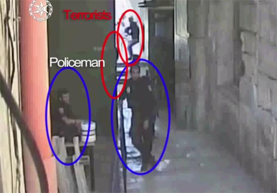 Der Moment des Angriffs auf die beiden israelischen Polizisten in der Nähe des Löwentors, aufgenommen von einer Überwachungskamera, aufbereitet von »Arutz Sheva TV«, Jerusalem, 14. Juli 2017