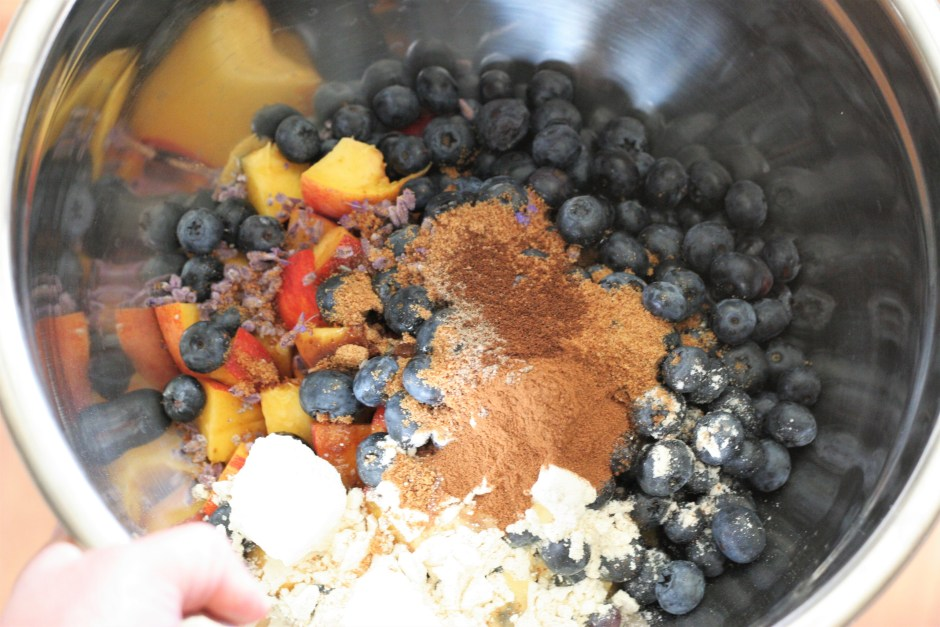 Crumble-ingredients in a bowl