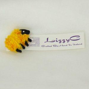 buttercup sheep pin on-card