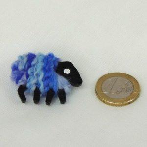scale|view|euro-coin|blue|sheep|pin|iris