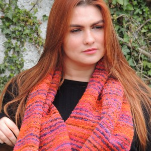monet-boucle-scarf-japanese-bridge-pumkin-orange