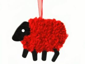 lizzycsheep-christmas-ornament-lge-holly