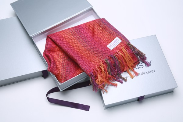 boxed-handwoven-cotton-scarf-valley-of-the-creuse