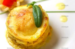 Lasagne Poulet and Yell Pepper Appetizer