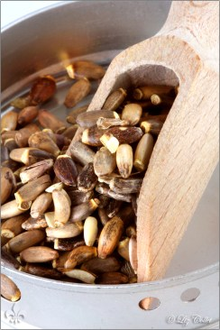 pflanzenheilkunde, naturmedizin, mariendistel, silybum marianum,