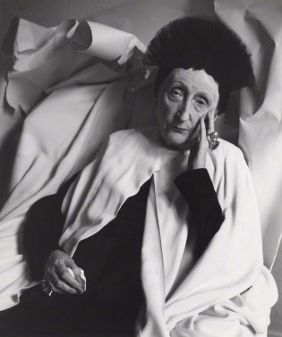 Cecil Beaton, Dame Edith Sitwell, 1962 Bromide Print on card mount Courtesy National Gallery