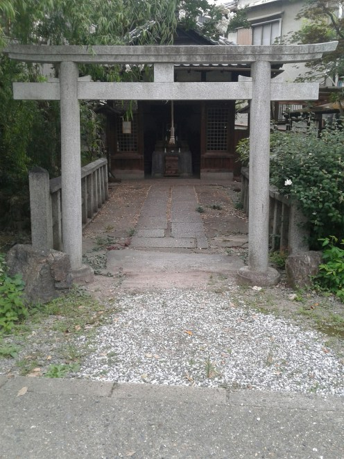 A lovely shrine whose name I know not