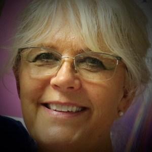 Stephanie J King