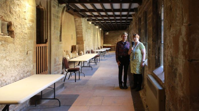 Liz and Jon Cloisters Newstead: LizianEvents