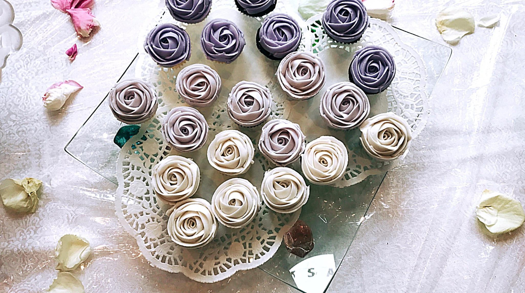 Ombre Purple Mini Cupcakes