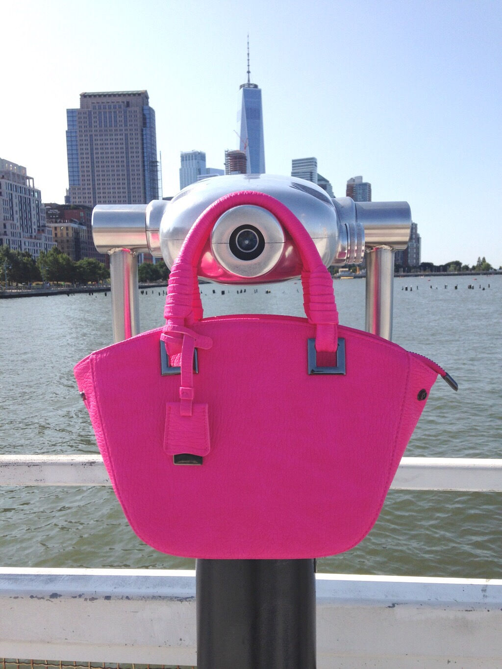 Review of An Inspirational Vegan Handbag by Liz in Los Angeles, Los Angeles Lifestyle Blogger