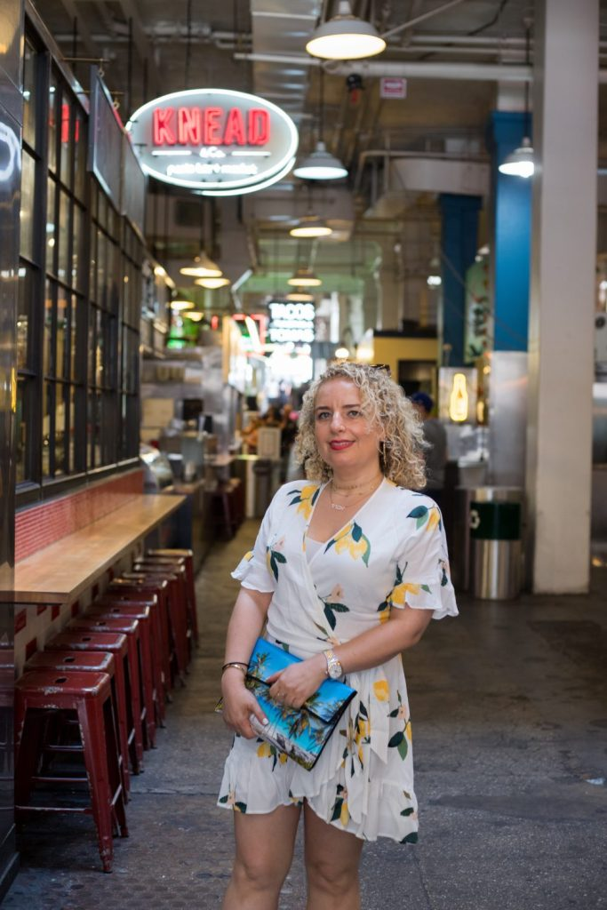 A Walkable Guide to Instaworthy Spots in DTLA y Liz in Los Angeles, a Los Angeles Lifestyle Blogger: image of a blonde woman at Grand Central Market
