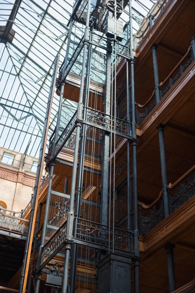A Walkable Guide to Instaworthy Spots in DTLA y Liz in Los Angeles, a Los Angeles Lifestyle Blogger: image of Brandbury Building