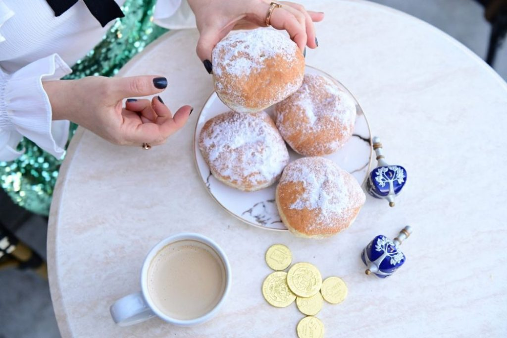Hanukkah Recipes You Need To Try By Liz in Los Angeles, Los Angeles Lifestyle Blogger