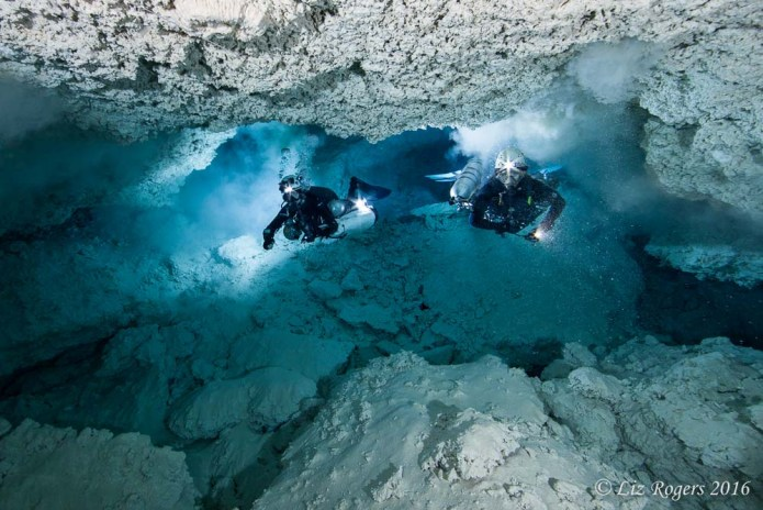 Silty cave diving