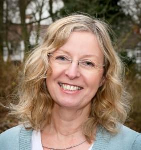Photo of Dr Liz Trubshaw.