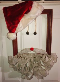 How to Make a Santa Frame Wreath