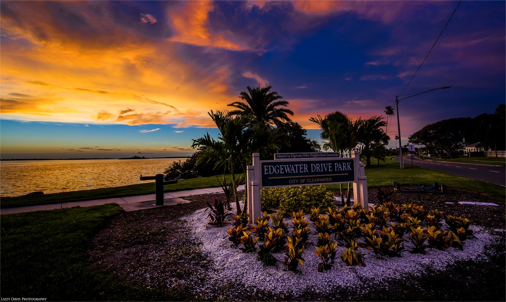 Photos of sunset at Edgewater Drive Park in Clearwater, FL. ©Lizzy Davis Photography