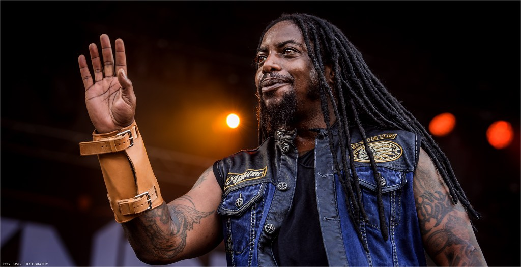 Sevendust at Welcome to Rockville 2016. Photos by ©Lizzy Davis Photography.
