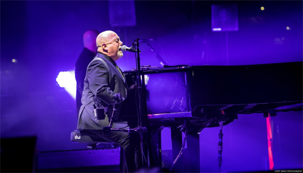 Billy Joel live at Amalie Arena. Concert photos by Lizzy Davis.