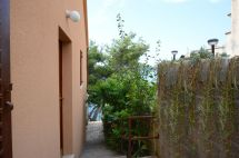 apartments-ljijana-house-surrounding-06-2016-pic-01