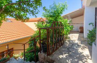 ljiljana-marrone-apartment-06-2018-05