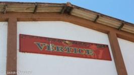 Caves Transmontanas Vértice Sign