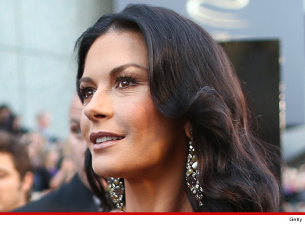0429_catherine_zeta_jones_getty_article