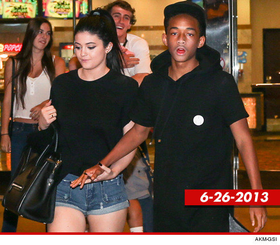 0628_Kylie-Jenner-and-Jaden-Smith_akm_gsi