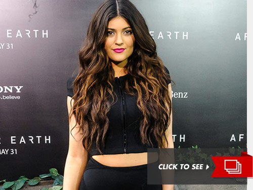 0628_kylie_kendall_JENNER_getty