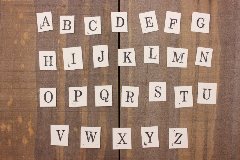 文字を順番に動かすjQueryプラグイン「textillate.js」使い方