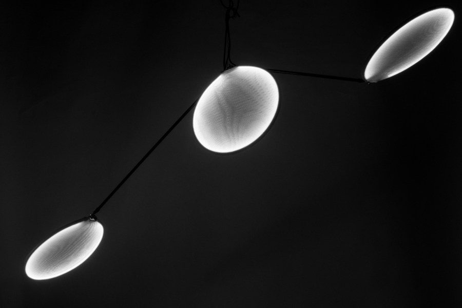 led, light, lighting, ceiling, suspended, suspension, lamp, lighting, fabric, knitted, streched, sarah, dehandschutter, llll, organic, high-end, bespoke, organic, dynamic, assymetricl