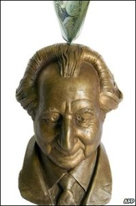 Madoff piggy bank: money goes in and doesn't come back out again
