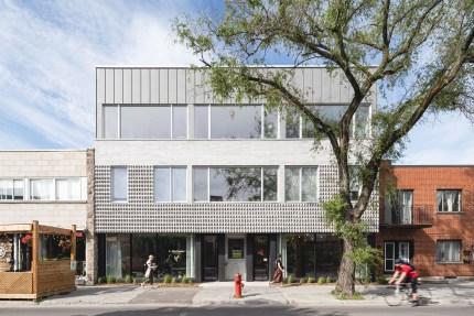 Off Plaza > Un nouvel immeuble mixte de huit logements accueille les bureaux de la firme à deux pas de la Plaza Saint-Hubert ! Design par L. McComber – architecture vivante