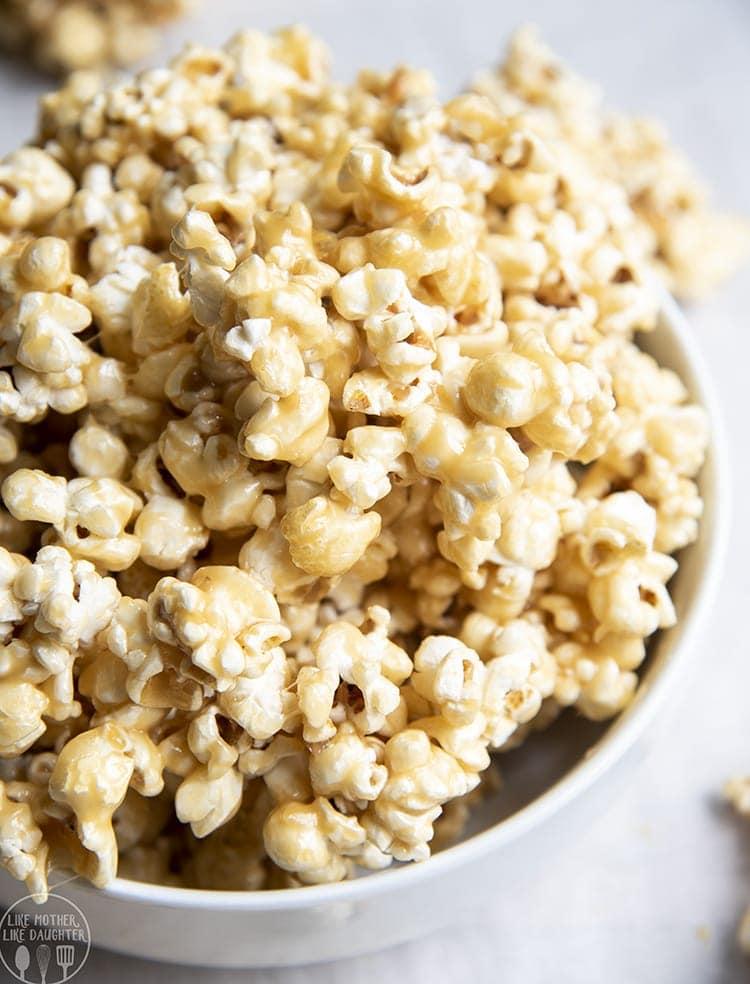 Gooey Caramel Popcorn!
