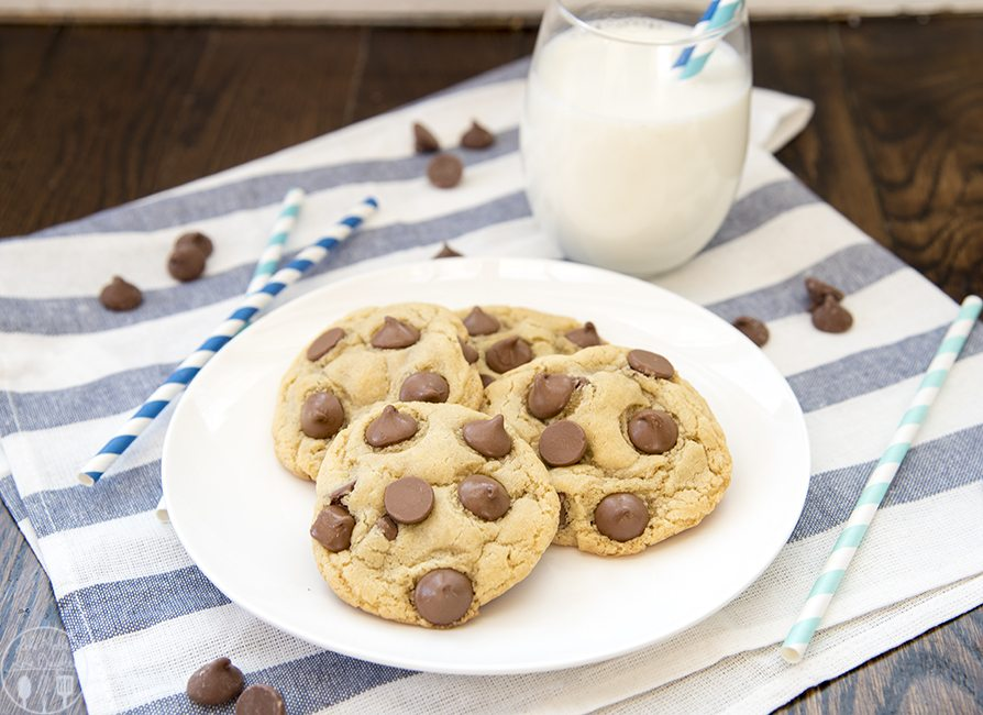Chocolate Chip Cookies for Two - This recipe makes just four perfect chocolate chip cookies, with a crunchy outside, chewy and soft middle and loaded with chocolate chips. This is the perfect treat when you need a little something sweet!