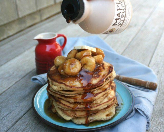banana foster pancakes