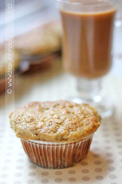banana oatnut muffin