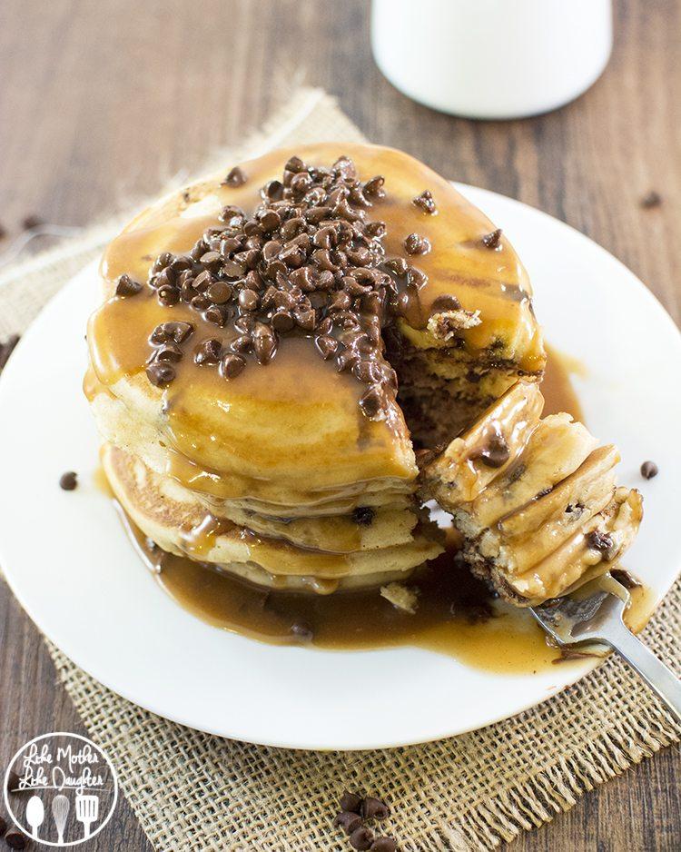 peanut butter chocolate chip pancakes1