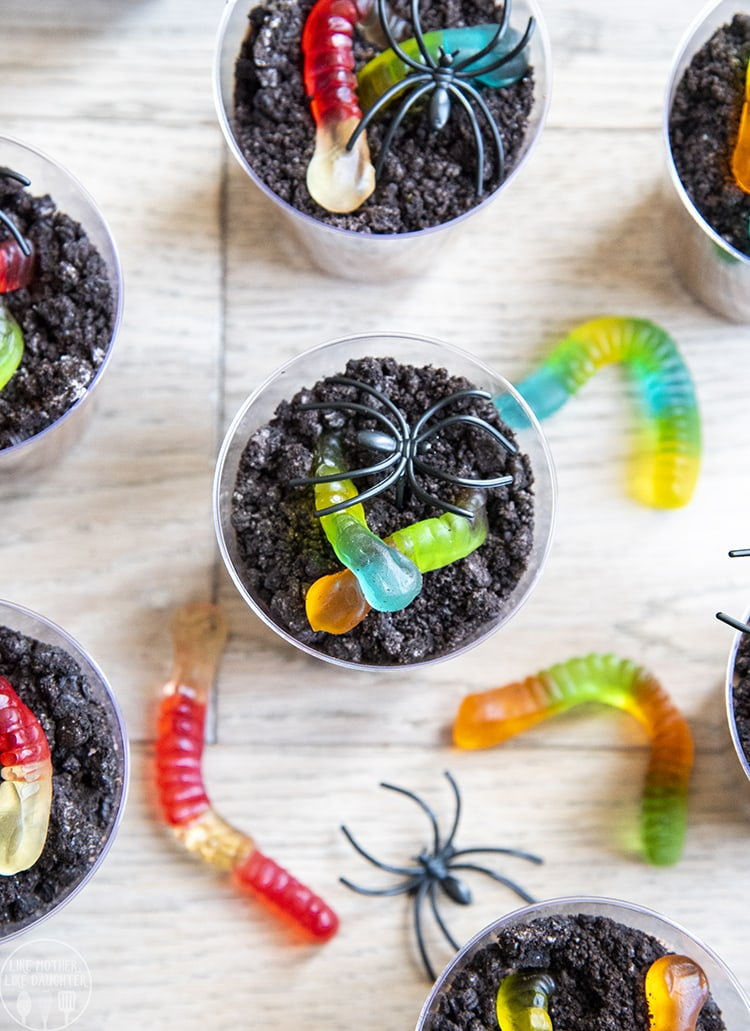 Chocolate Pudding topped with Oreo crumbs and gummy worms make these cute Dirt Pudding Cups
