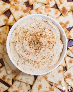 Homemade Hummus - this flavorful homemade hummus can be made in less than 5 minutes for a healthy snack or appetizer.