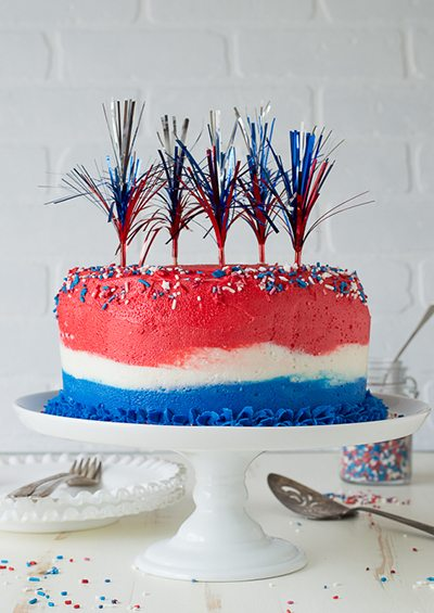 4th-of-July-Ombre-Cake-1