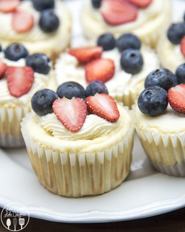 red white and blue mini cheesecakes 3