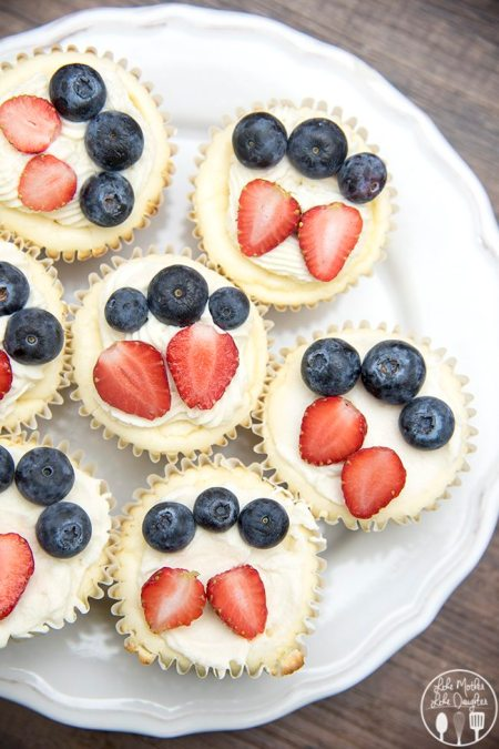 red white and blue mini cheesecakes 4
