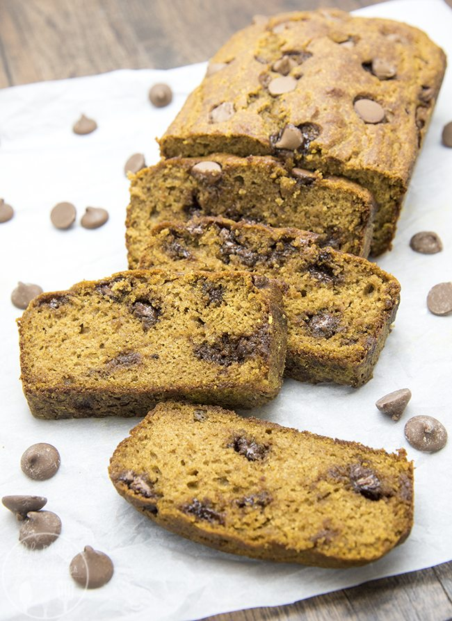 Healthier Pumpkin Chocolate Chip Bread - This pumpkin chocolate chip bread is full of the perfect pumpkin flavors, and stuffed full of chocolate chips. You won't even be able to taste that its made a little healthier, its delicious!