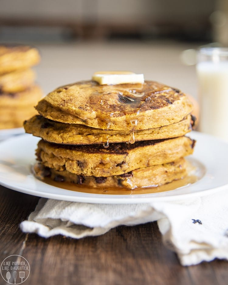 These pumpkin chocolate chip pancakes are the perfect way to start a fall morning. They have the best pumpkin and cinnamon flavor, and are packed full of chocolate chips!
