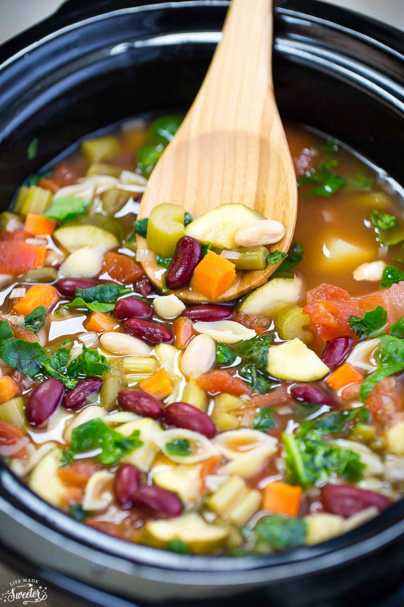 Slow Cooker Homemade Minestrone Soup - WM